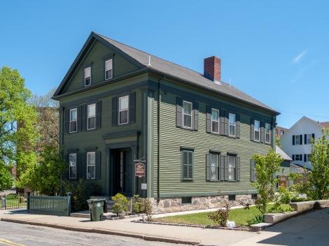 Lizzie_Borden_House,_Fall_River,_Massachusetts.jpg